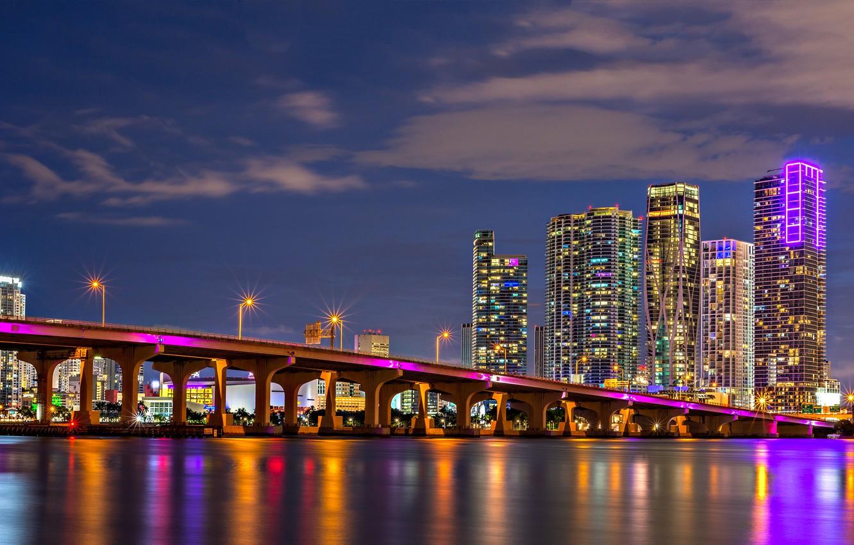 Фото обои мост, здания, Майами, Флорида, залив, ночной город, Miami, небоскрёбы, Florida, Biscayne Bay, Залив Бискейн