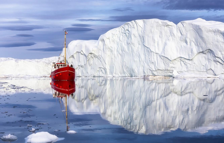 Фото обои море, пейзаж, природа, отражение, айсберг, кораблик, льдина, Гренландия, Disko Bay, Залив Диско