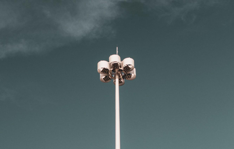 Фото обои небо, минимализм, фонарь, фонарный столб