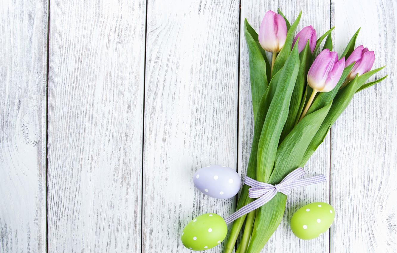 Фото обои цветы, яйца, colorful, Пасха, тюльпаны, happy, wood, pink, flowers, tulips, Easter, eggs, decoration