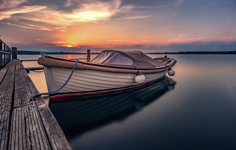 Фото обои закат, озеро, лодка, причал