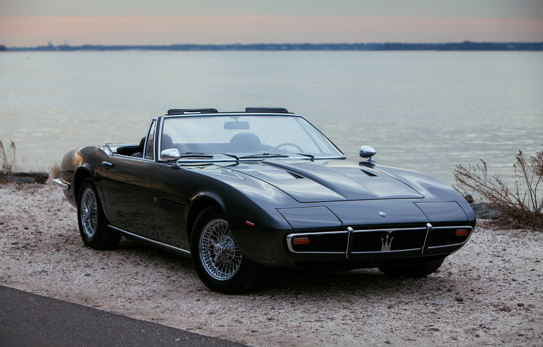 Фото обои чёрный, побережье, Maserati, 1969, родстер, спайдер, Ghibli Spider