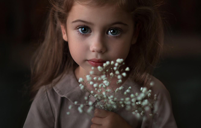 Цветы с большими глазами