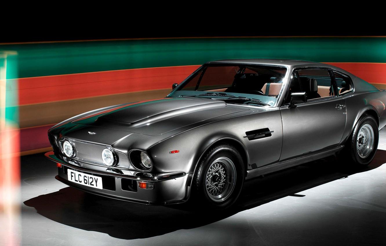 Фото обои Silver, Series II, Aston Martin V8 Vantage