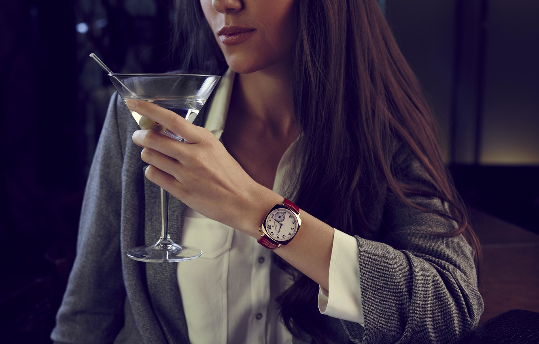 Фото обои Swiss Luxury Watches, Vacheron Constantin, швейцарские наручные часы класса люкс, analog watch, Historiques American 1921, …