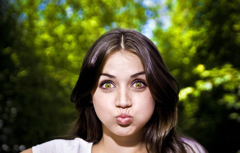 Фото обои глаза, взгляд, милая, актриса, шатенка, губки, красотка, beauty, cute, ana de armas, ана де армас