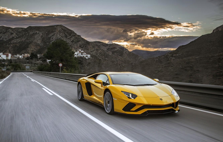 Фото обои дорога, закат, скорость, вечер, Lamborghini, суперкар, Aventador, 2017, Aventador S