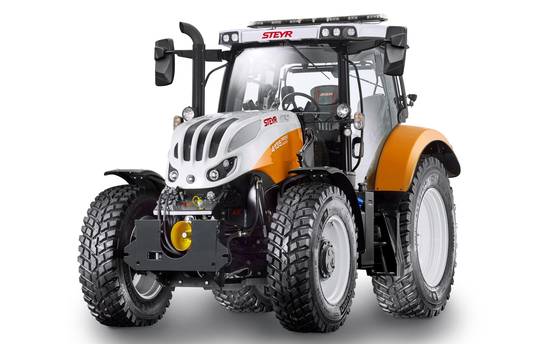 Фото обои трактор, белый фон, Steyr, Municipal, 4135, Profi