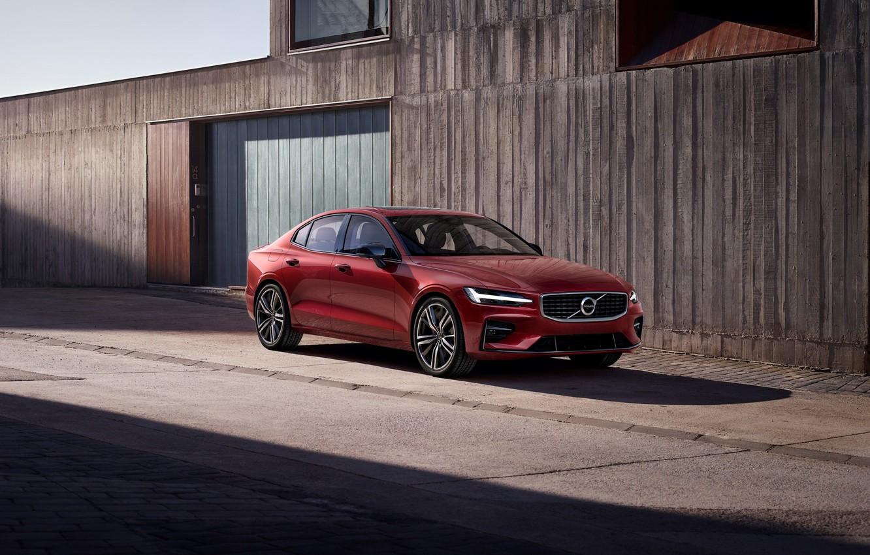 Фото обои Volvo, Вольво, 2018, спортивный седан, Volvo S60, Red metallic