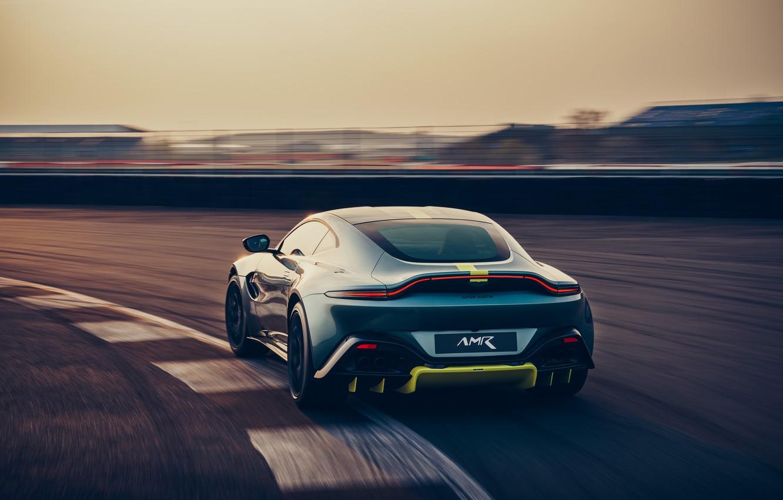 Фото обои машина, Aston Martin, Vantage, спорткар, гоночный трек, AMR