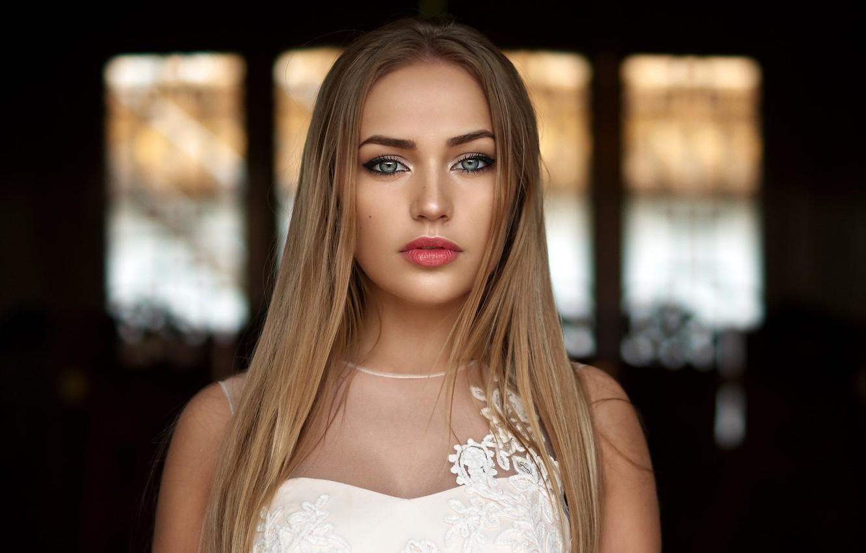 Фото обои взгляд, модель, портрет, макияж, платье, прическа, блондинка, красотка, в белом, боке, Mary Jane, Alex Fetter