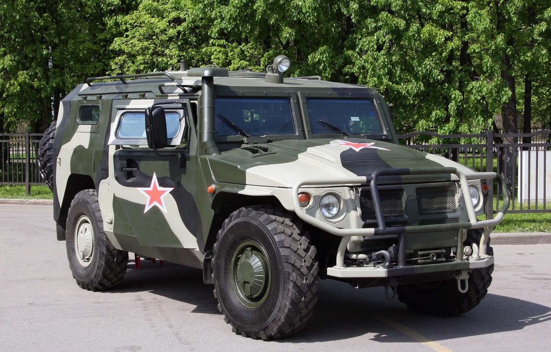 следует фото военных легковых автомобилей духовка будет