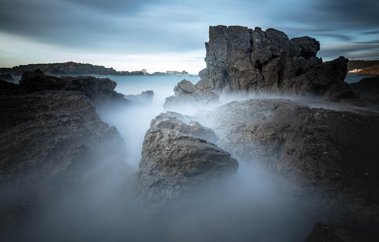 Фото обои море, туман, камни, скалы, утро