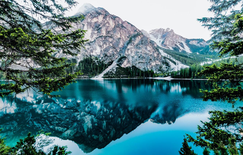 Фото обои горы, mountains, луга, beautiful landscape, красивый пейзаж, blue lake, meadows, голубое озеро