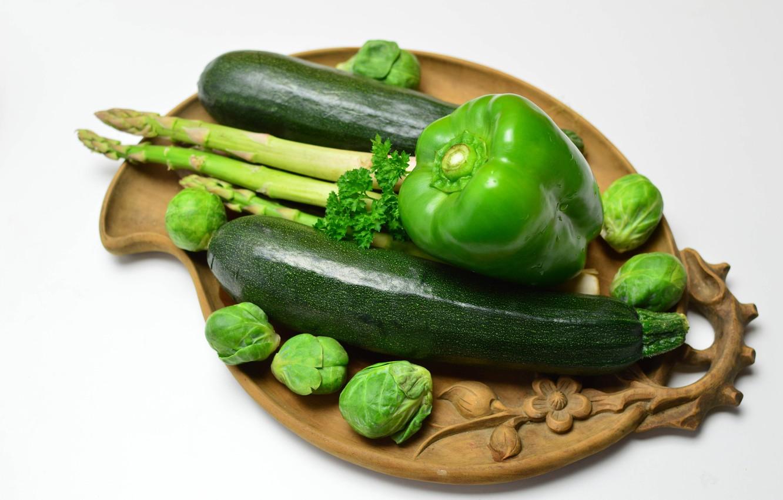 Фото обои зелень, перец, поднос, кабачки