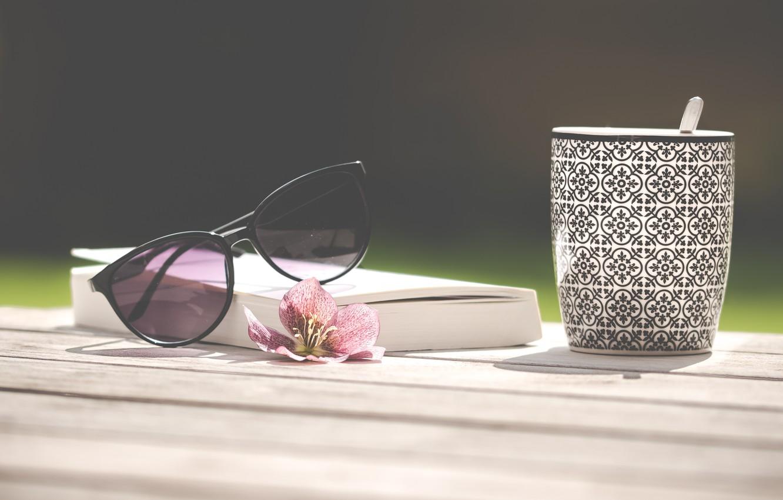 Фото обои лето, отдых, кофе, очки, книга