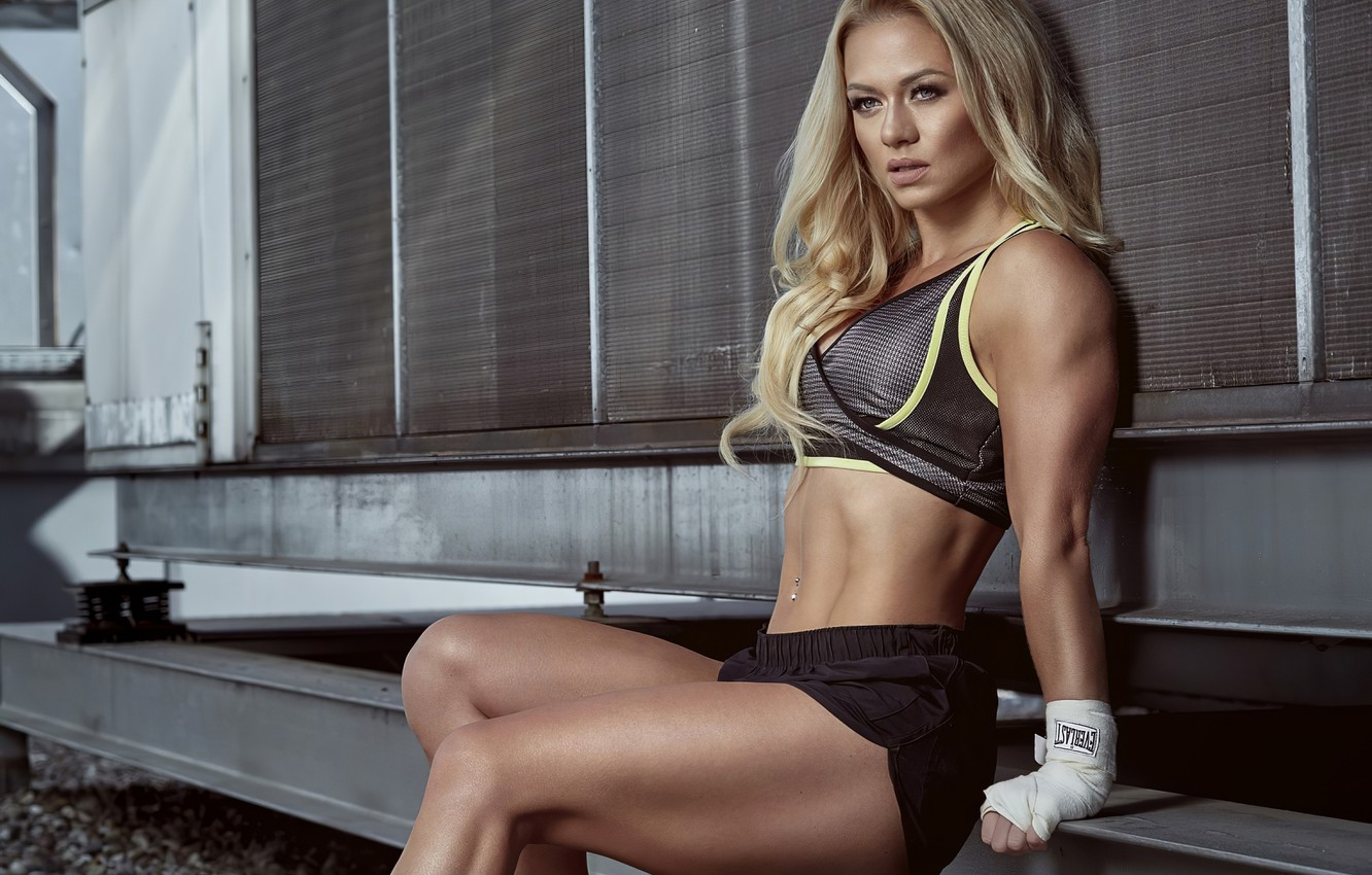 Фото обои sport, girl, sexy, woman, women, boxing, blonde, top, shoes, piercing, fitness, navel, Shorts