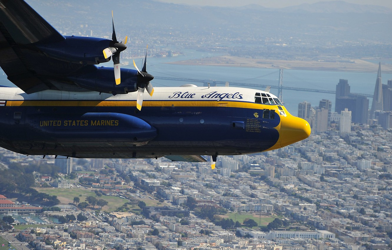Фото обои город, самолет, Lockheed, военно-транспортный, Hercules, Blue Angels, C-130, КМП США, US Marines