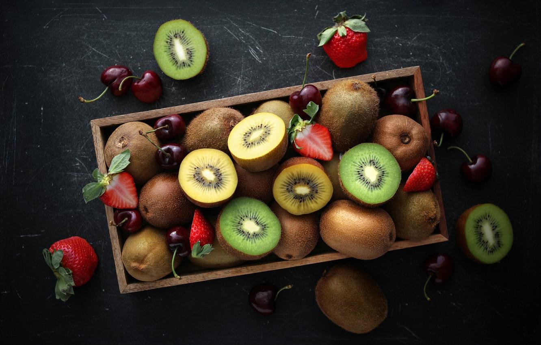 Фото обои киви, клубника, фрукты, черешня