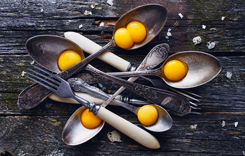 Фото обои яйца, вилки, ложки