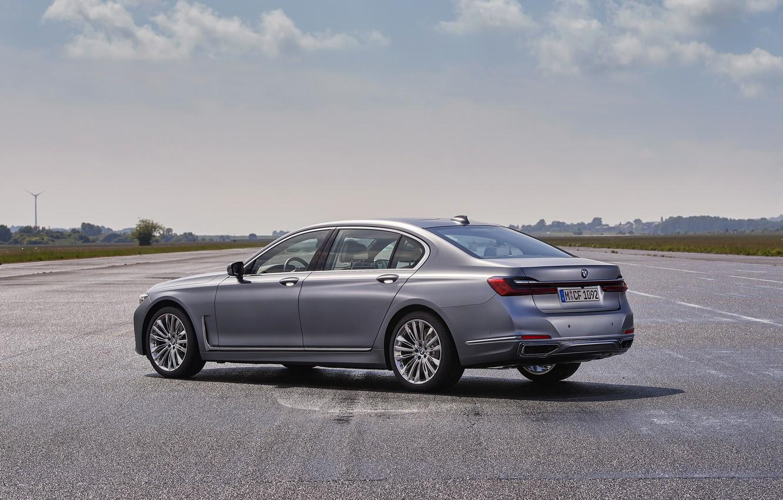 Фото обои BMW, седан, боком, четырёхдверный, G12, G11, 2020, 7er, 7-series, 2019, полноразмерный