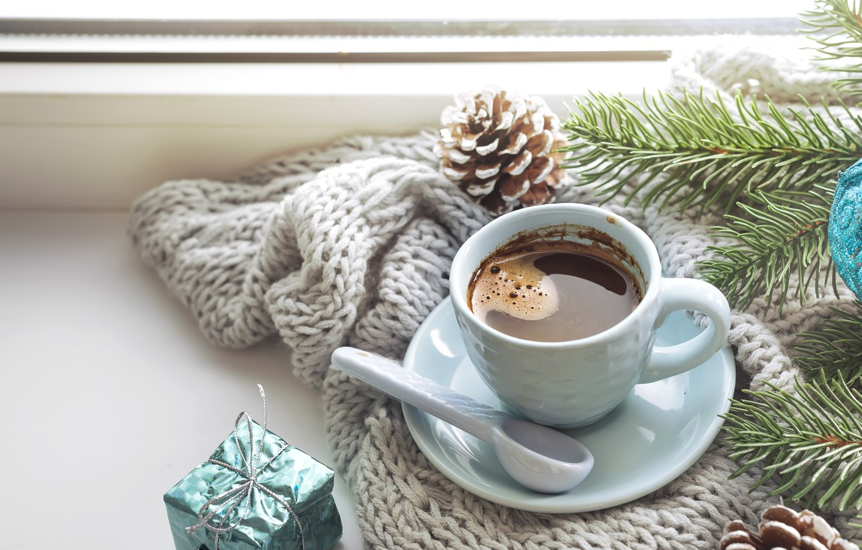 Фото обои зима, украшения, Новый Год, Рождество, Christmas, winter, cup, window, New Year, coffee, decoration, чашка кофе, …