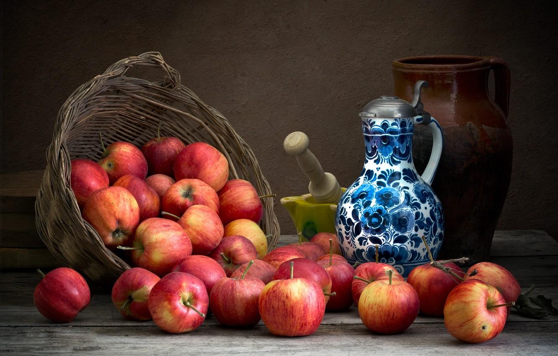 Фото обои темный фон, яблоки, еда, посуда, кувшин, фрукты, натюрморт, композиция