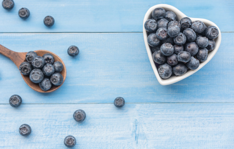 Фото обои ягоды, черника, fresh, heart, wood, blueberry, голубика, berries