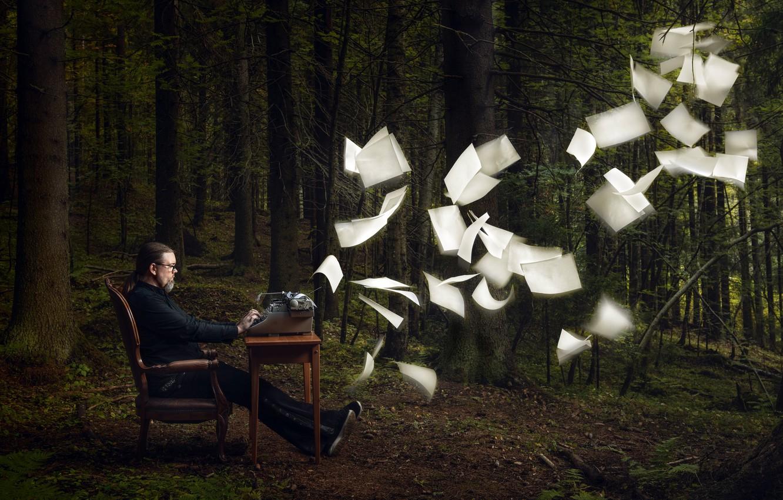 Фото обои лес, человек, листы, творчество, пишущая машинка