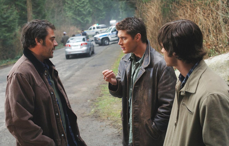 Фото обои сериал, Дин, Supernatural, Сверхъестественное, Джон, Сэм