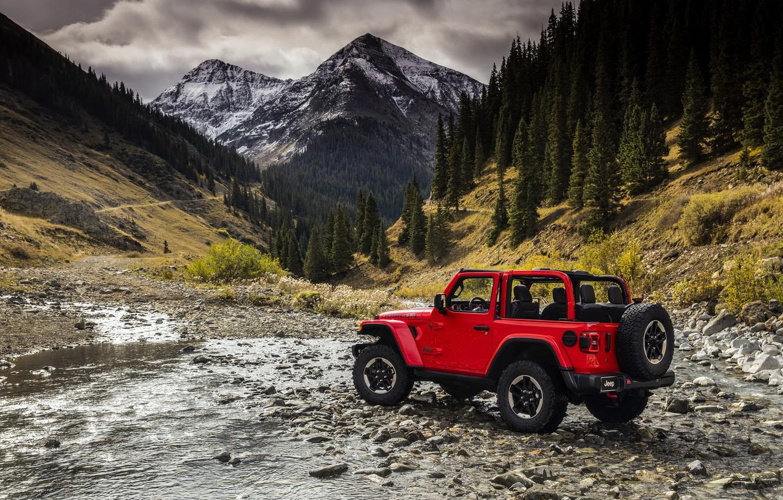 Фото обои вода, деревья, красный, камни, 2018, Jeep, Wrangler Rubicon
