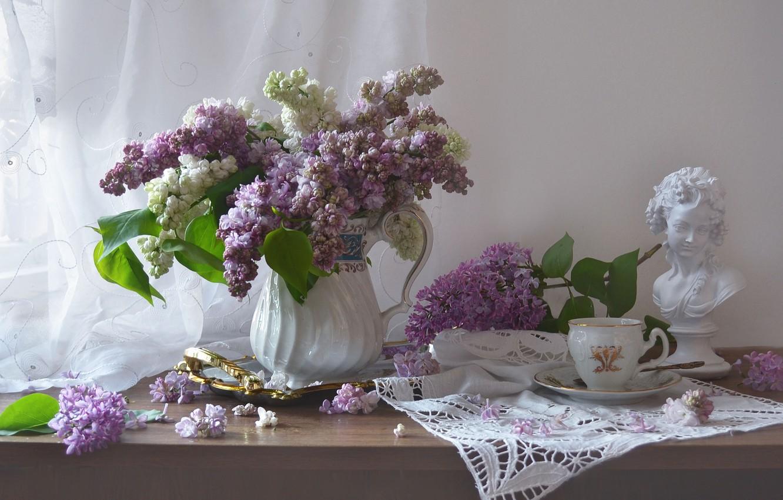 Фото обои девушка, ветки, чашка, скульптура, кувшин, натюрморт, сирень, бюст, салфетка, Валентина Колова