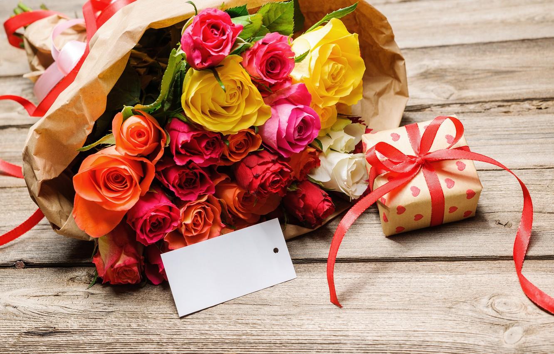 Фото обои подарок, розы, букет, бант, 8 марта, gift, bouquet, roses