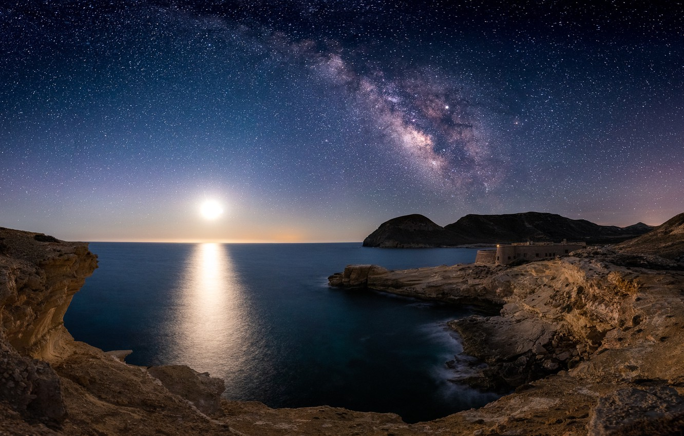 Фото обои Cabo de Gata, Almería, San Ramón Castle, under the stars