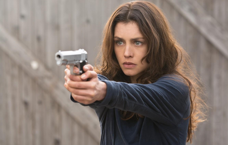 Фото обои взгляд, поза, оружие, Хитмэн: Агент 47, Hitman: Agent 47, Hannah Ware, Ханна Уэр, Катя ван …