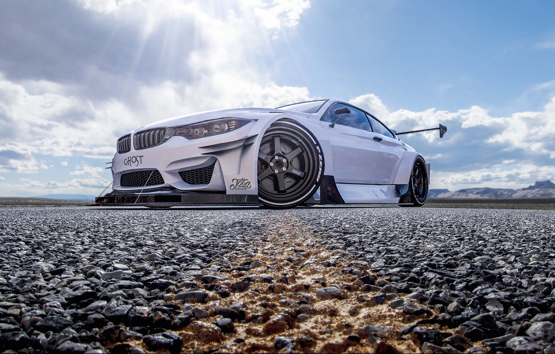 Фото обои Небо, Авто, Белый, Машина, Свет, Асфальт, Transport & Vehicles, Javier Oquendo, by Javier Oquendo, BMW ...
