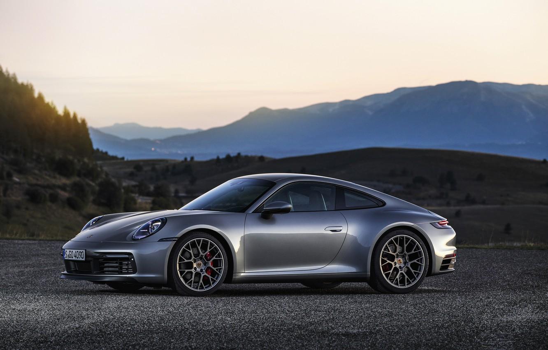 Фото обои асфальт, горы, холмы, купе, 911, Porsche, Carrera 4S, 992, 2019
