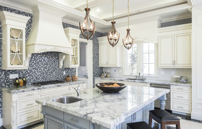 Фото обои стол, лампы, мебель, кухня
