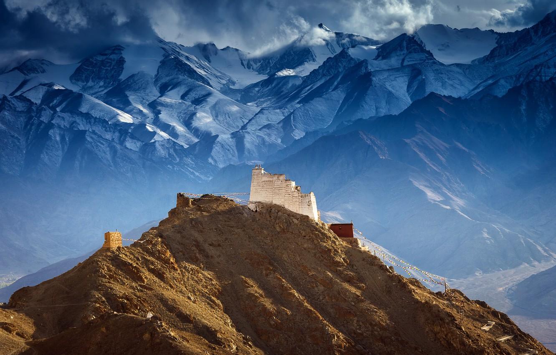 Фото обои горы, Тибет, Castle of Tsemo