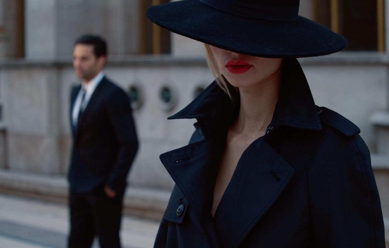 Фото обои девушка, любовь, шляпа, мужчина, предмет