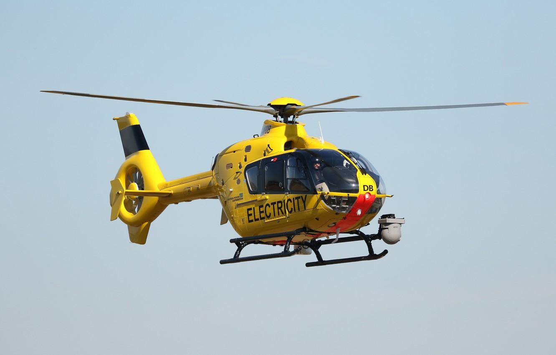 Фото обои полёт, вертолёт, Airbus Helicopters, EC135 G-WPDB