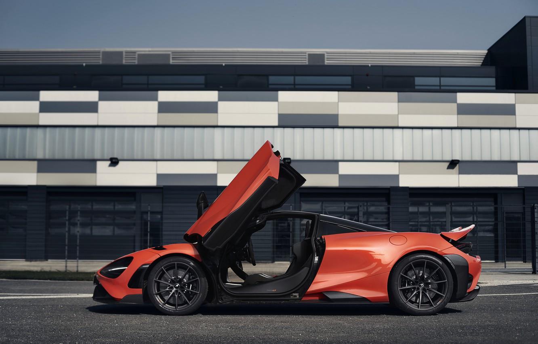 Фото обои оранжевый, McLaren, двери, вид сбоку, 2020, 765LT