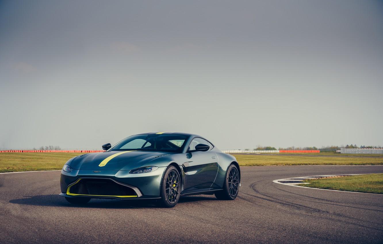 Фото обои Aston Martin, Vantage, спорткар, гоночный трек, AMR