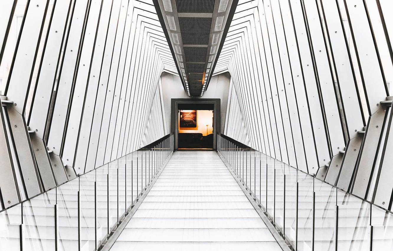 Фото обои мост, дверь, потолок, проход