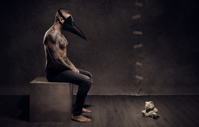 Фото обои человек, маска, мишка