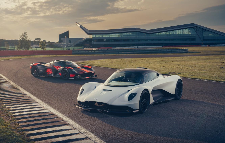 Фото обои машины, Aston Martin, фары, суперкар, трек, гиперкар, Valkyrie, Red Bull Racing, Valhalla