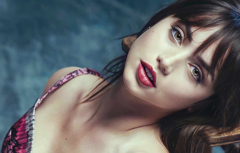 Фото обои глаза, взгляд, девушка, лицо, макияж, актриса, губы, красотка, Ana De Armas