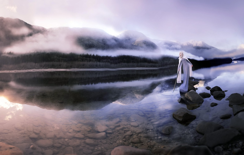 Фото обои горы, туман, река, меч, утро, дева