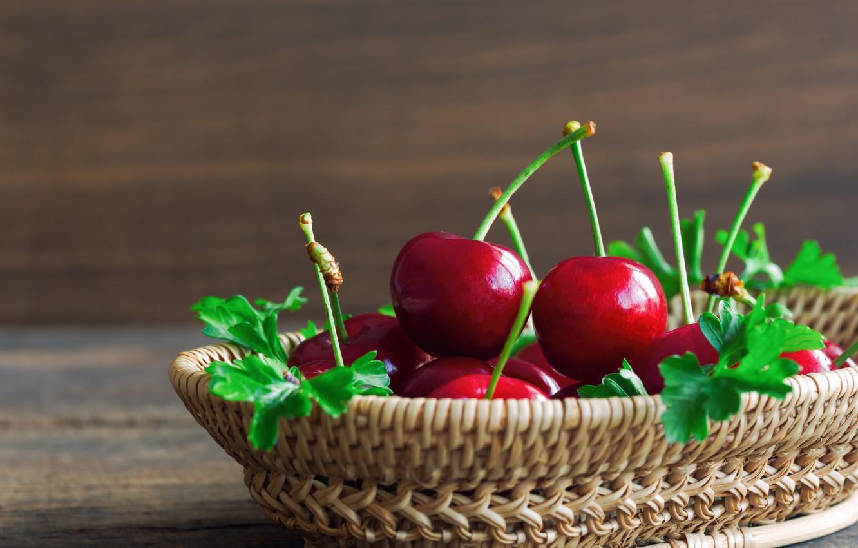 Фото обои зелень, ягода, Корзина, Черешня, петрушка