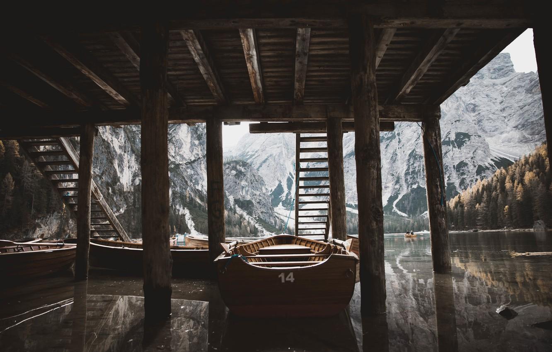 Фото обои крыша, вода, лодка, Jordan McGee